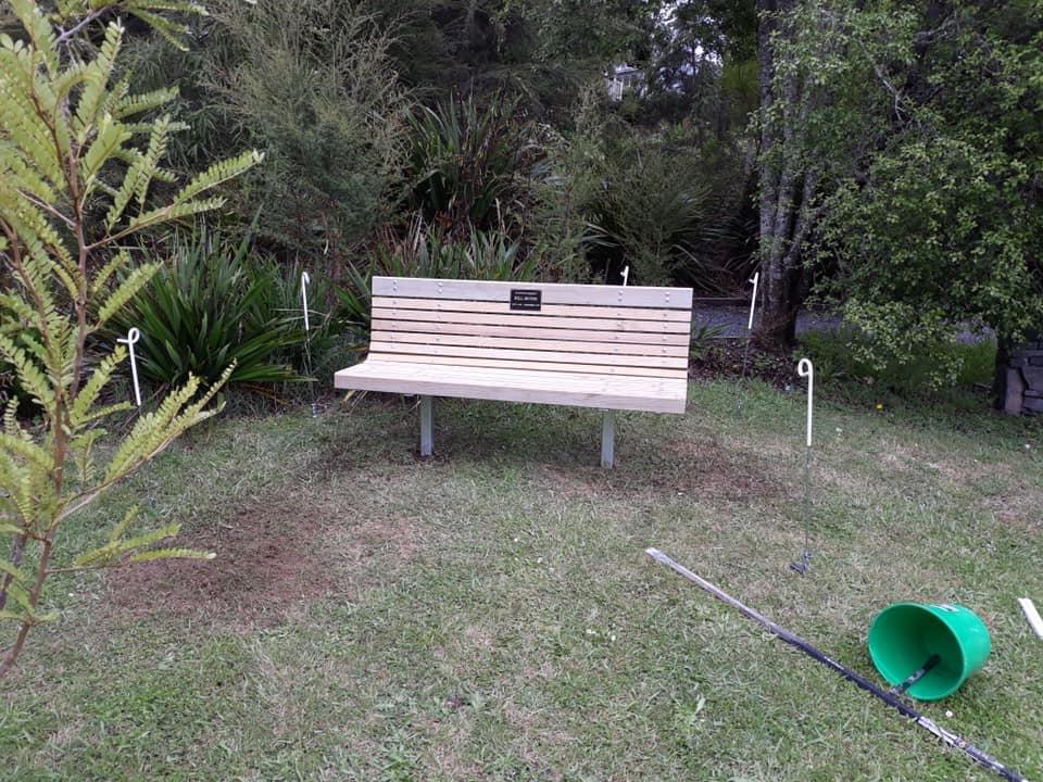Bench.jpg