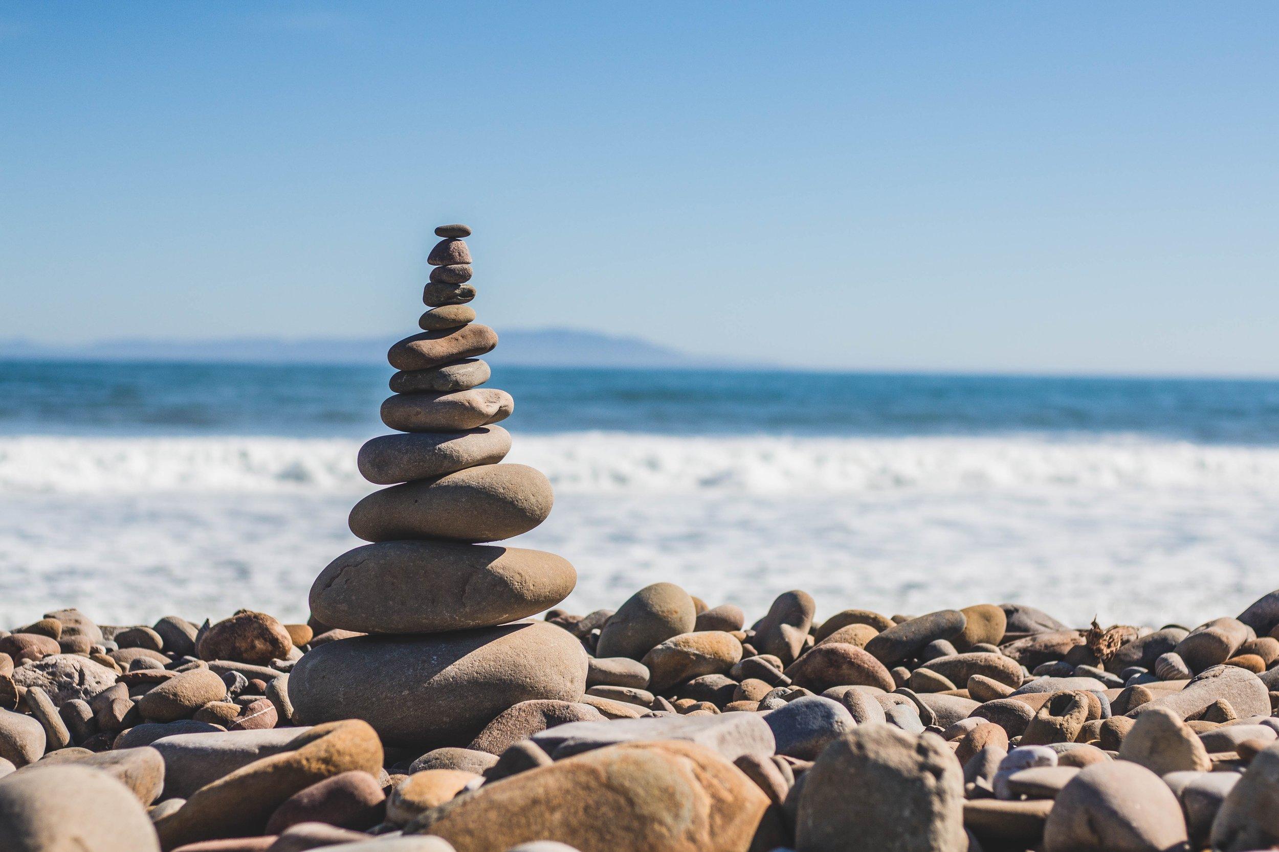 Workshops & Retraites - Wil je samen met anderen werken aan zelfontplooiing in een sfeer van verbondenheid?Regelmatig organiseer ik workshops & retraites rond verschillende thema's.