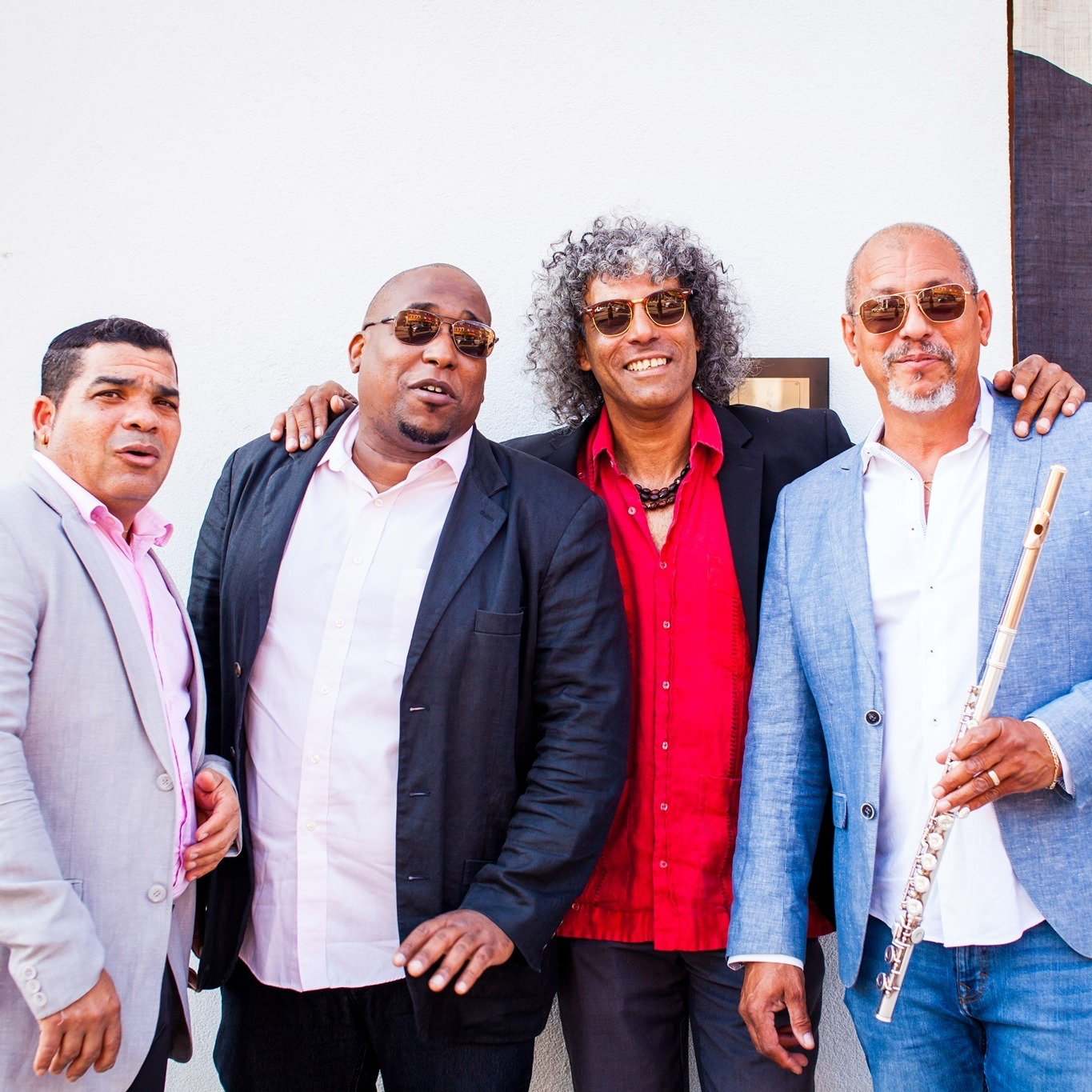 Guaracha y Son Quartet @cubantraditional  - Traditional Cuban quartet playing guaracha, bolero, changüí and guajira from the 30s to 60s plus original compositions by lead vocalist Pablosky Rosales.