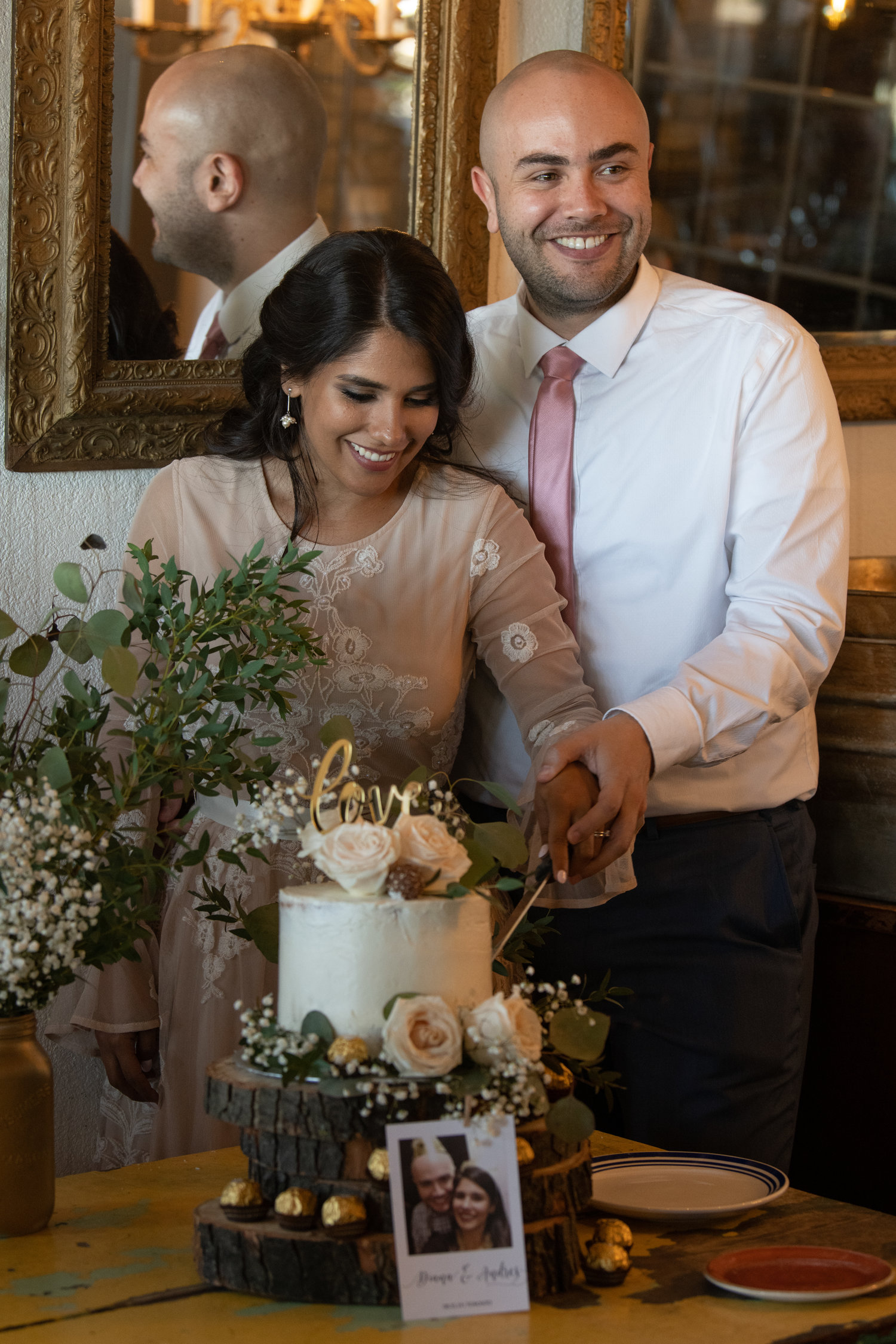 Photo Credit:  Studio Six Photography   View their wedding  gallery .