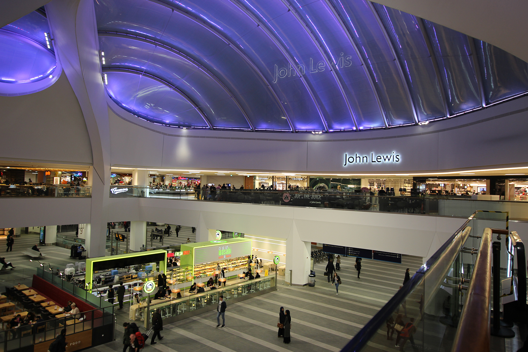 FEATURE LIGHTING FOR RETAIL AREAS. - GRAND CENTRAL, BIRMINGHAM