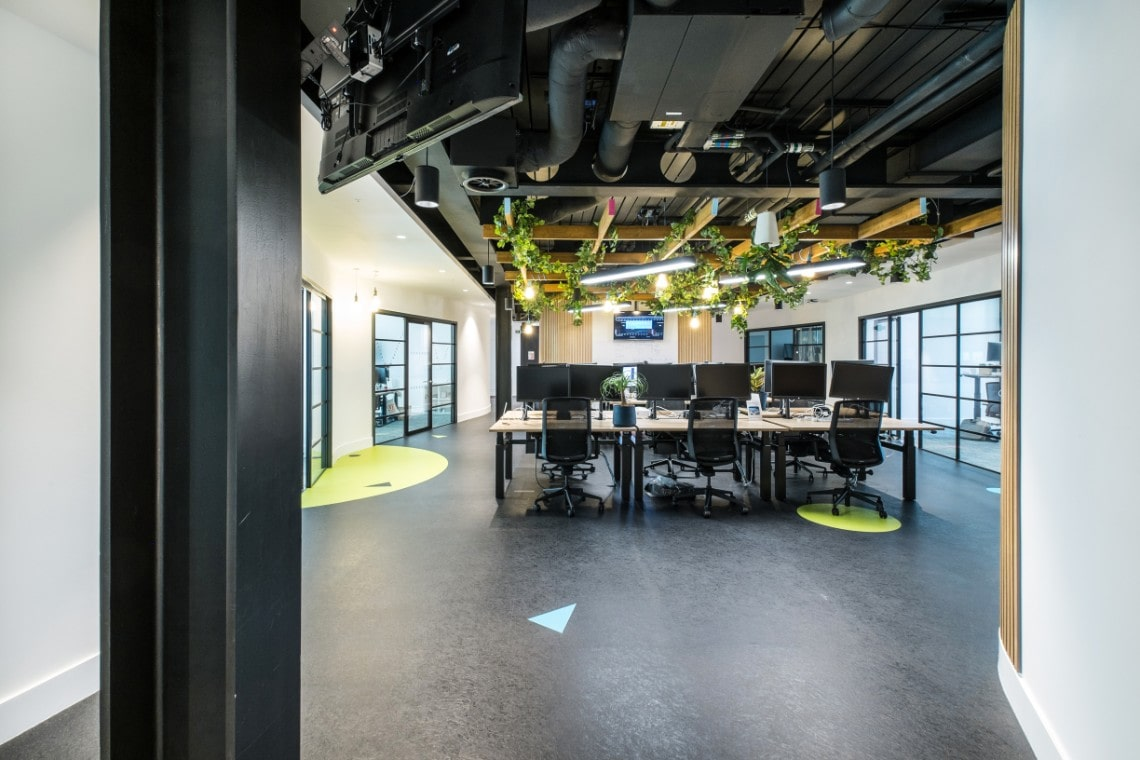 skyscanner-tonge-office-min.jpg