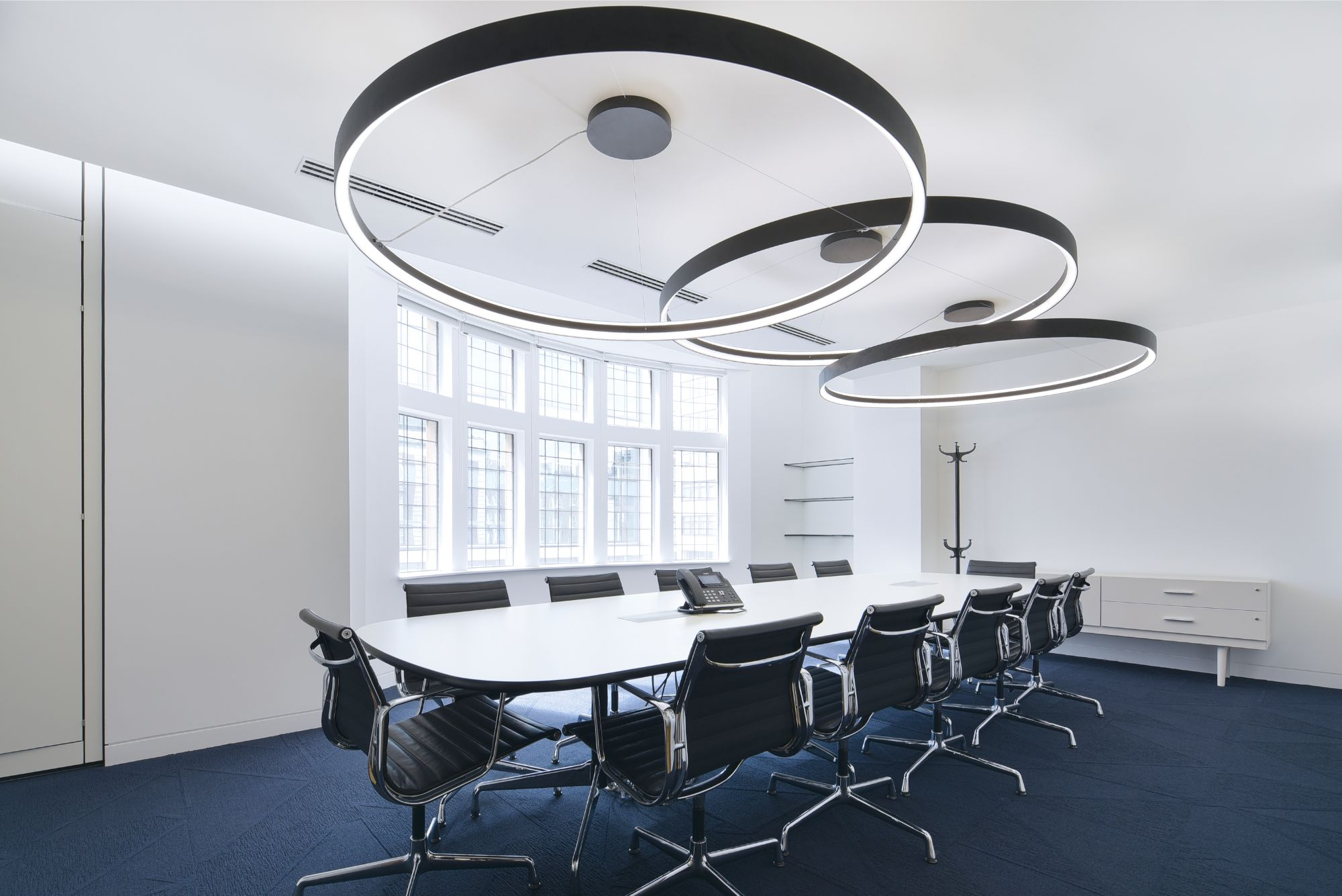 Architectural suspended lighting. - Ceiling pendants are a popular choice for lighting architectural spaces, circulation areas or breakout spaces. Find out more about architectural suspended lighting here.