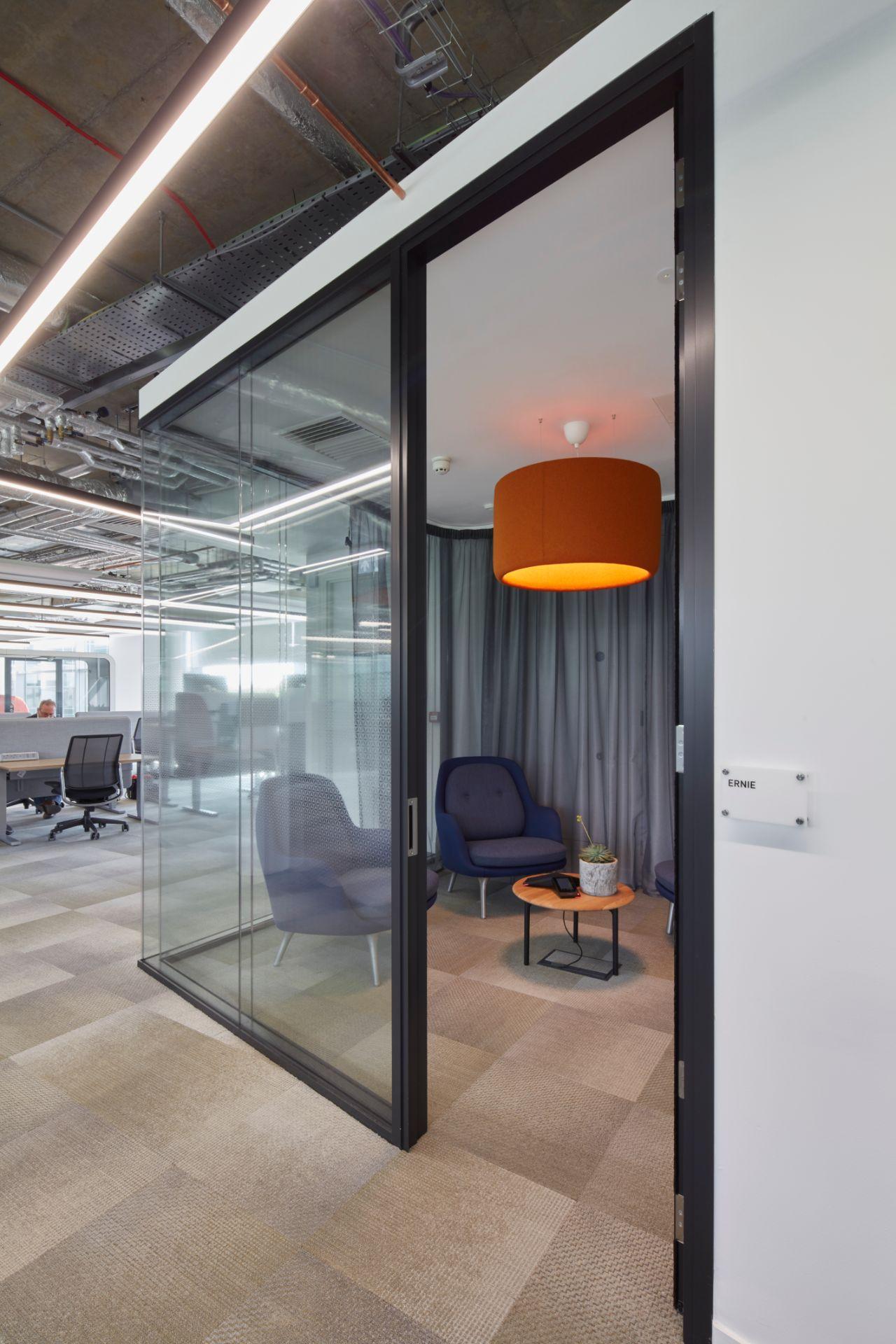 299lighting-meeting-room.jpg