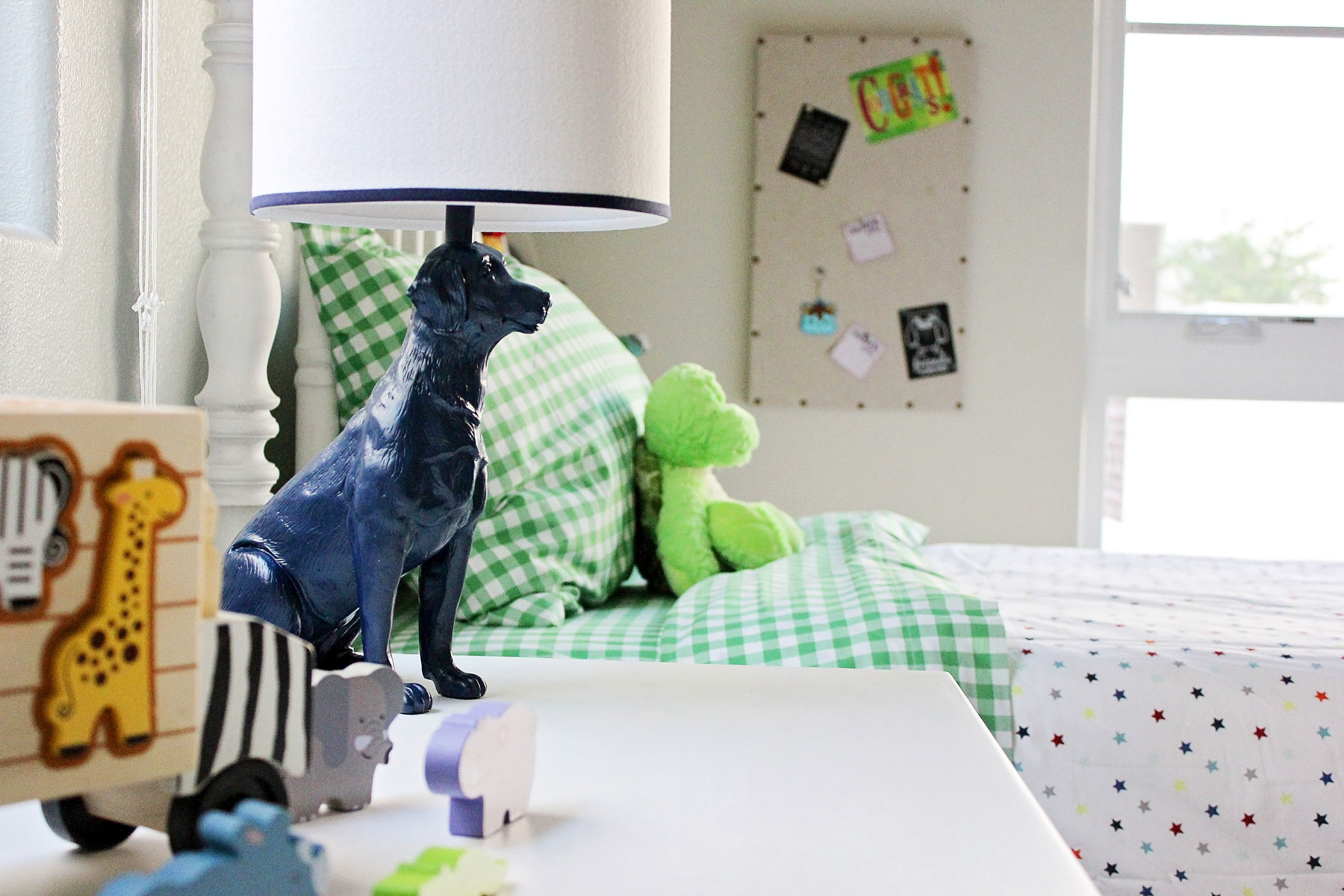 contemporary-kids-room-boy-dog-lamp-gingham-rollins-andrew.jpg