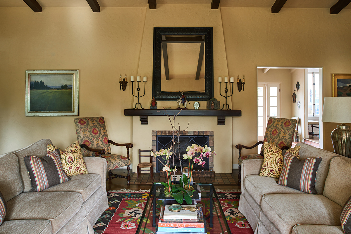 Smaller - 5 living room fireplace.jpg