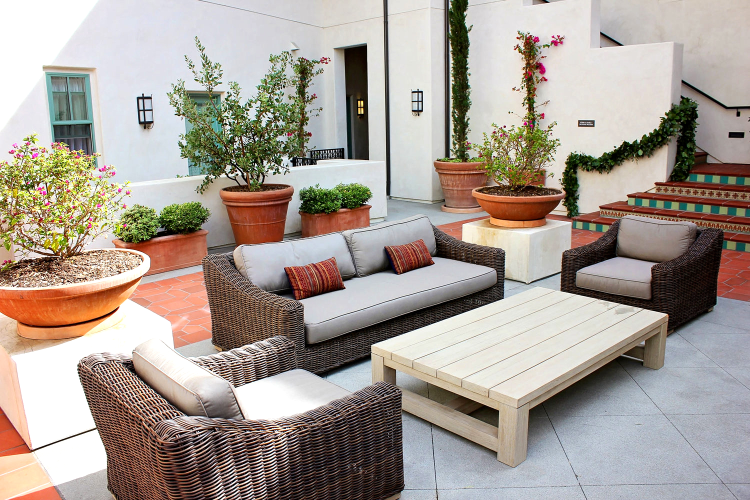2-spanish-communal-courtyard-patio-furniture-rollins-andrew.jpg