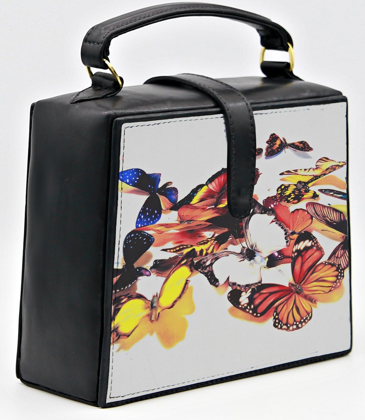 Butterfly Trapeze Bag Nir-Look-16-crop.jpg