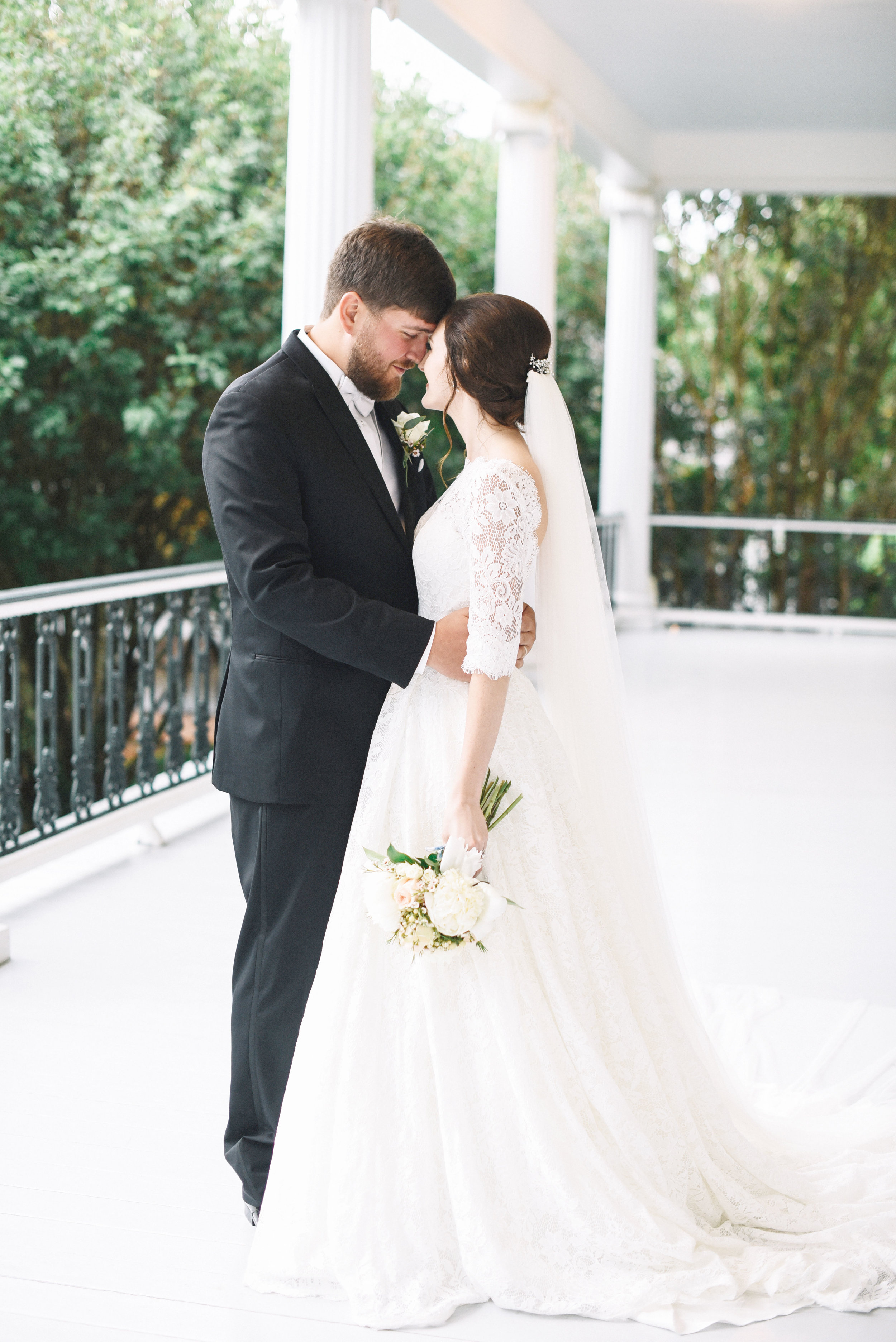 MJP--Ethan-+-Dana-{Married}-704.jpg