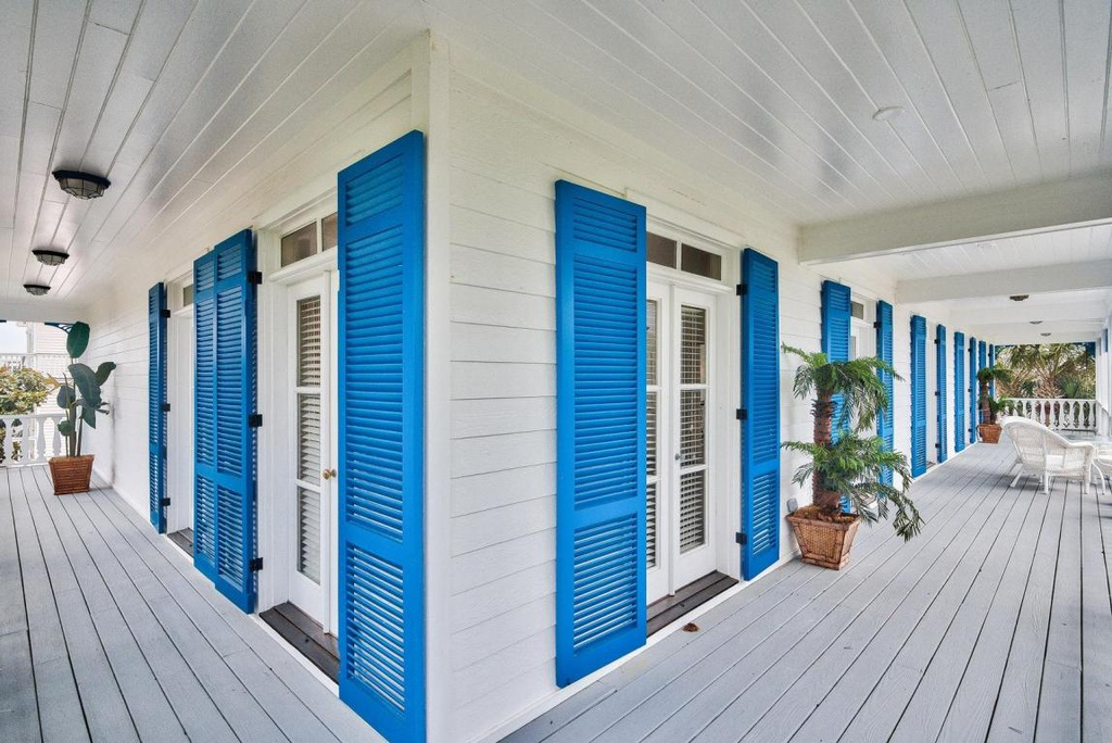 PRESCOTT-ARCHITECTS-CARIBBEAN-QUEEN-CRYSTAL-BEACH-DESTIN-FLORIDA-WATERS-EDGE-SCENIC-HWY-98-JEFFRERY-PRESCOTT-COMMERCIAL-RESIDENTIAL-ARCHITECTURE-ARCHITECTURAL-SERVICES-3.jpg