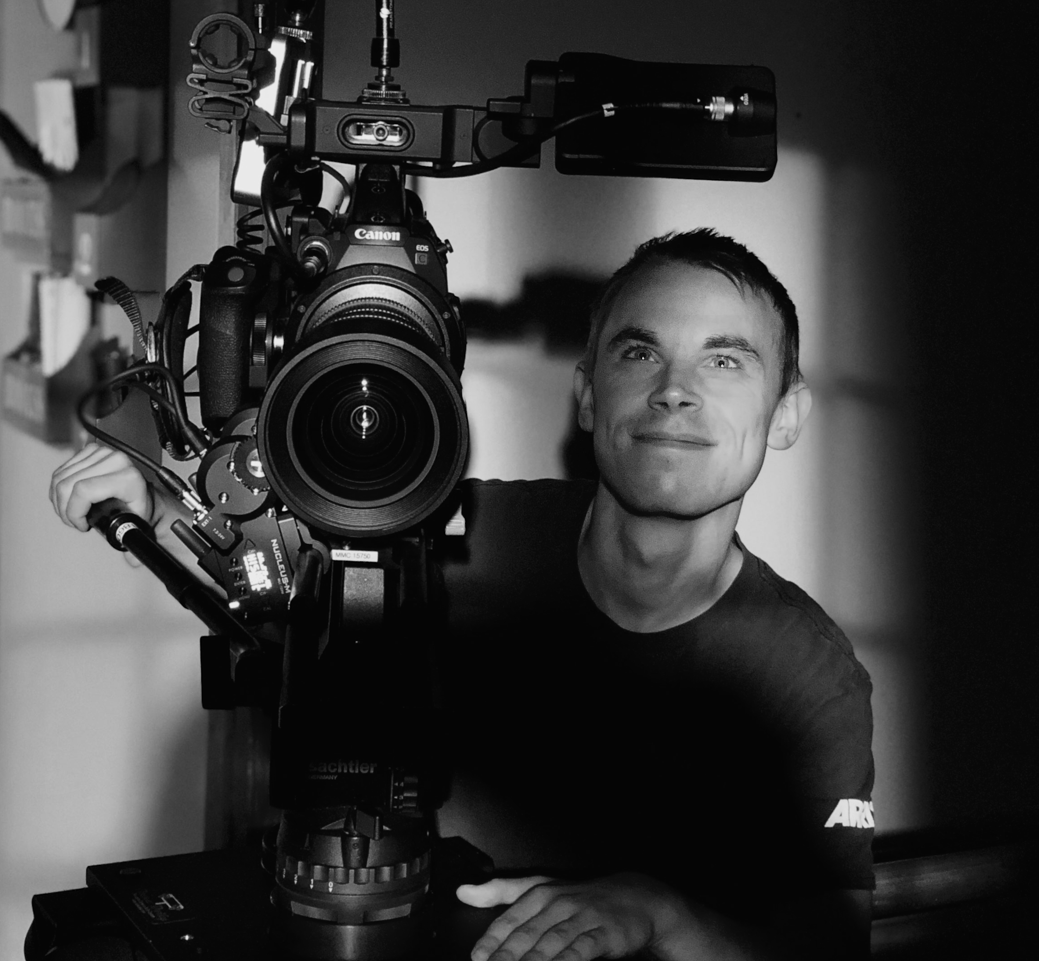 - Alexander Lakin is a freelance cinematographer living in Chicago, IL. Lakin studied at Loyola University Chicago through their International Film & Media Production program. He was called to pursue cinematography after completing a lighting assignment based on Tomas Alfredson's
