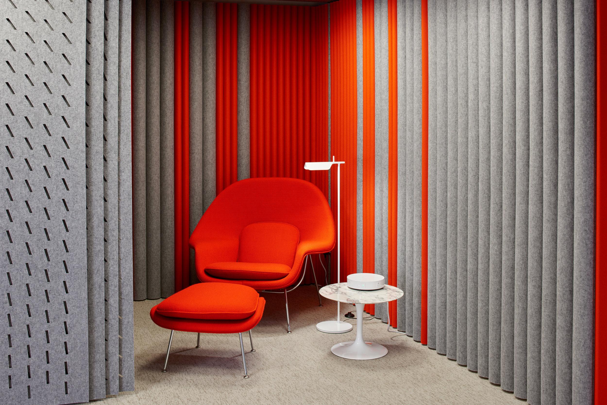 $$ - Saarinen Womb Chair