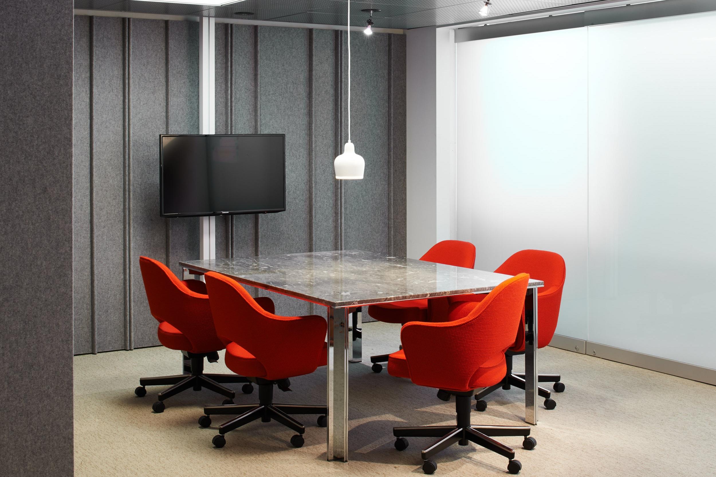 $$$ - Saarinen Advanced Open Back Arm Chair