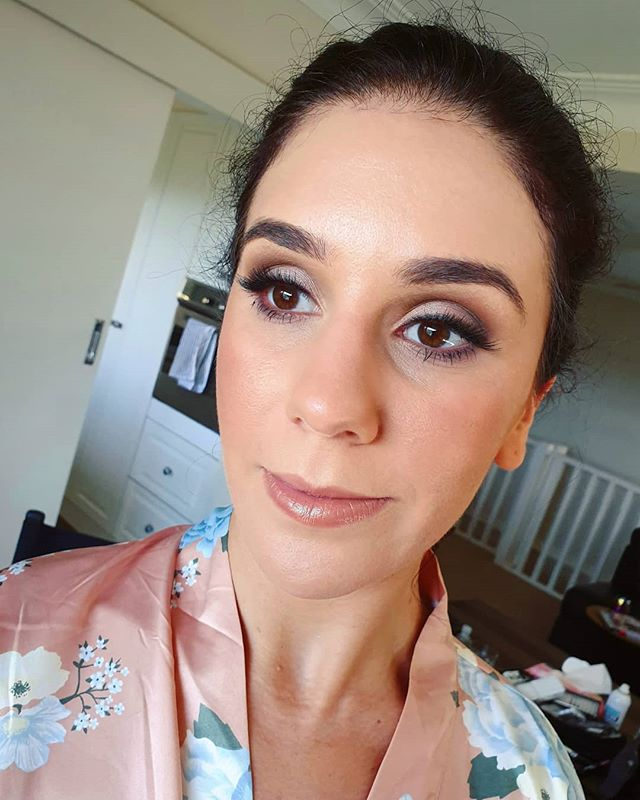 Soft pink and brown smokey eyes for the gorgeous sister of the bride. One of the sweetest families you could meet. And I'd love to meet yours! Book at bridgetsophiestudio.com