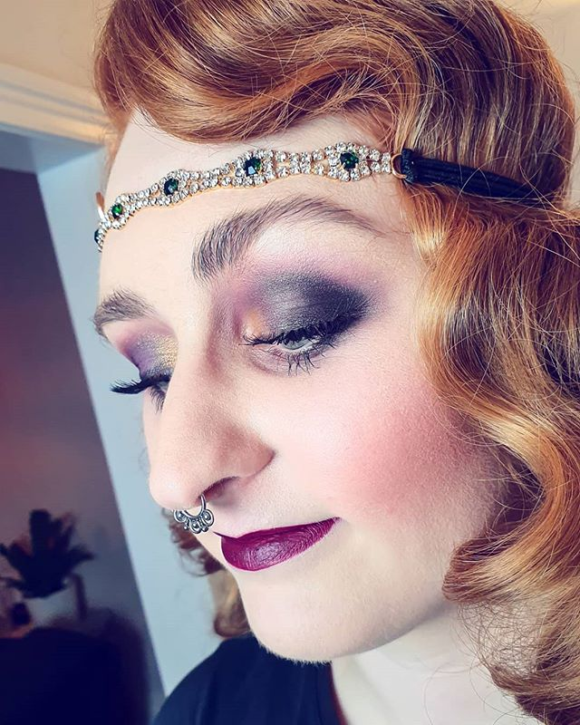 Vintage waves and drop blush cheeks for days. Book at bridgetsophiestudio.com . . #christianlouboutin #louboutin #vintage #makeupmelbourne #makeup #makeupartist #art #makeupart #retro #vintagemakeup #1930s #30s #love #beauty #maccosmetics #katvondbeauty #katvond #anastasiabeverlyhills #modelrocklashes #crownbrushes #crownbrushaustralia #melbourne #vintagewaves #editorialmakeup #editoral #design #designermakeuptools #nars #melbourne #paris #1920smakeup