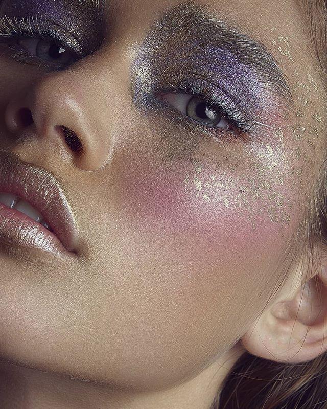 All that glitters can, in fact, be gold. Book at bridgetsophiestudio.com . Hair & Makeup: @bridgetsophiestudio  Model: @o_t_modelling Photo: @brabetphoto . #makeupartist #makeupmelbourne #makeup #bridal #bridalmakeup #bridalhair #bridalmakeupartist #crownbrushes #maccosmetics #bride #vintagewedding #kryolanofficial #modelrock #modelrocklashes #kryolanofficial #anastasiabeverlyhills #smokeyeyes #naturalbeauty #melbourne #smokeyeyes #modelrocklashes #modelrock #glitter #glittermakeup #editorial #editorialphotography #creativemakeup #creative #blush #paris