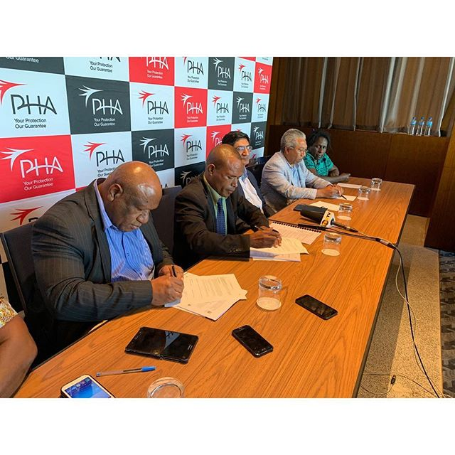 PNG Nurses Association (PNG NA) sign on with PHA - The Signing of the Group Medical Insurance Policy with PNG Health Assurance (PHA)  for the PNG National Nurses Association (PNG NA) took place on Friday 12th April 2019 at the Hilton Hotel in Port Moresby.  The PNG NA President Mr Fredrick Kebai stated his affirmation of the Group Medical Insurance Policy with PHA saying this will provide relief for the nurses for many reasons including being affordable and cashless. Kebai was supported by Mr Gibson Siune the General Secretary of the PNG NA who encouraged all nurses to join the PNG NA so they can benefit from the Group Medical Insurance Policy with PHA - Pic inserts: Gibson Siune - General Secretary of the National PNG Nurses Union  Fredrick Kebai - National President of PNG Nurses Union  Damaris Penias - Nurse  Maggie Melkie - Nurse  Raj Juta - Specialist Advisor to PHA  John Elisa - Director PHA  Representatives from the Nurses Union
