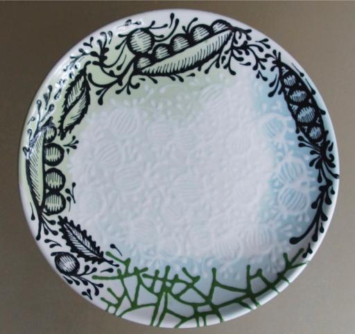 BOTANICAL PATTERN AND WHITE ON WHITE BOTANICALS DINNER PLATE