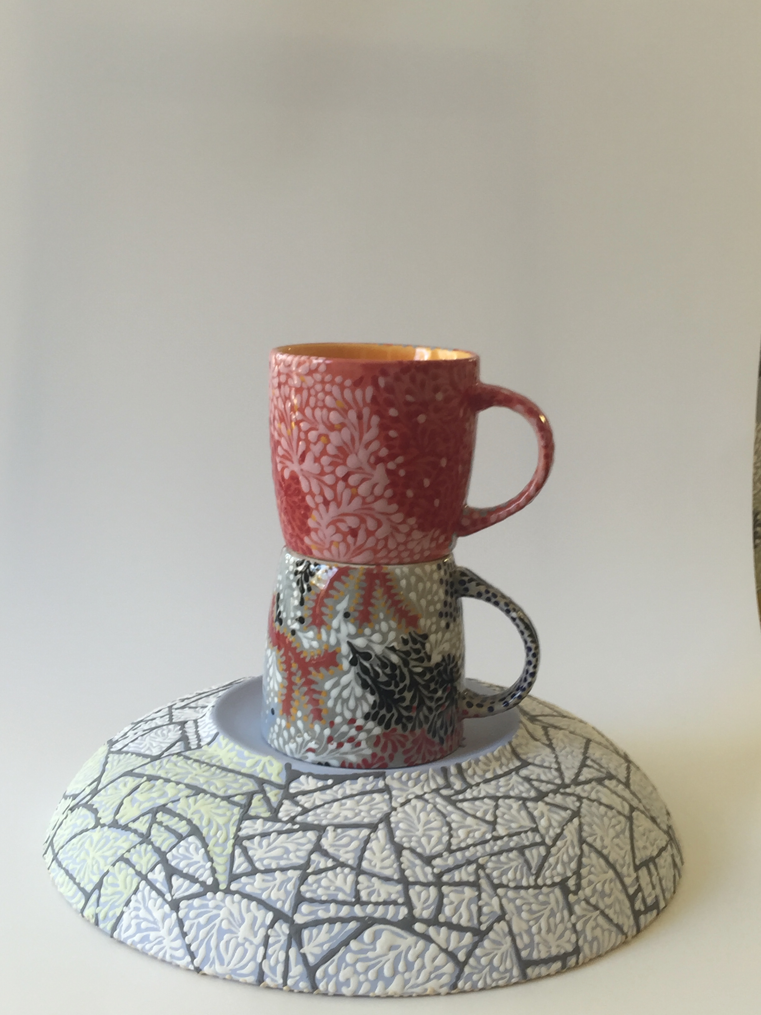 CRACKED ICE WITH SPRIGS PLATE AND TWIGGY SPRIG MUGS