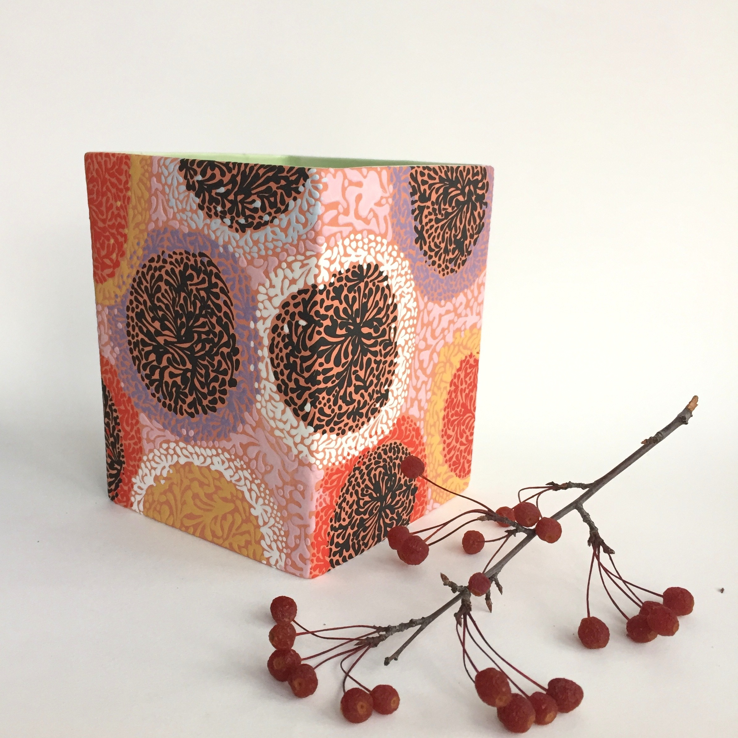 MICROSCOPIC SPRIG SQUARE VASE