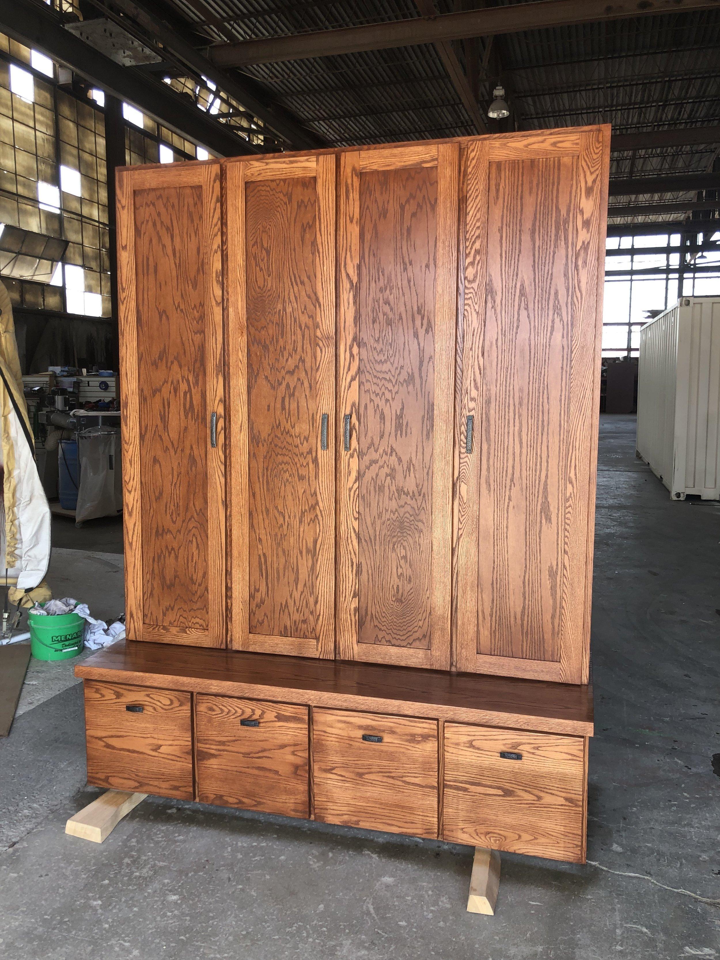 Oak Lockers
