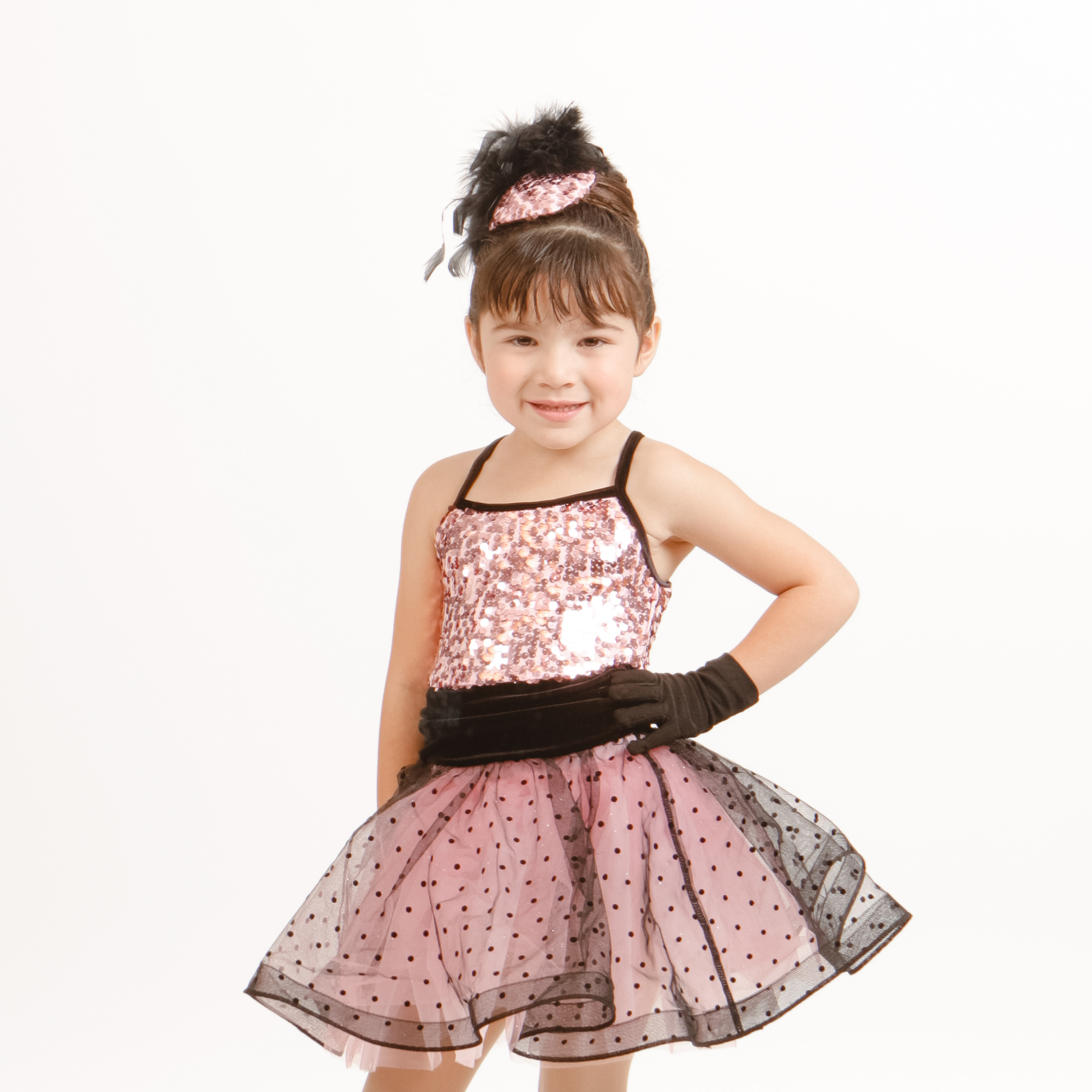 Combo - Ages 3-5. Beginning Jazz, Ballet, Tumbling and Tap will be taught each week in this fun, one-hour class. Dancers must be completely potty trained in order to participate in this class. Students will need pink ballet shoes and black tap shoes.