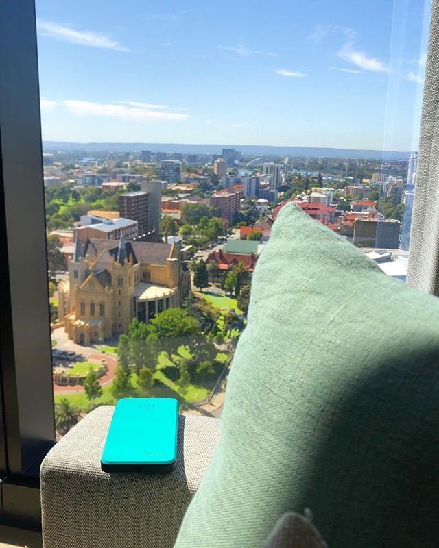 We are in sunny Perth city! 😎 With a Yogofi in hand to share the sights and sounds of the city! . . . #followjane #followjanetravels #yogofi #perth #westin #expedia #tripadvisor #traveltheworld #aroundtheworld #travelgram #travelblogger