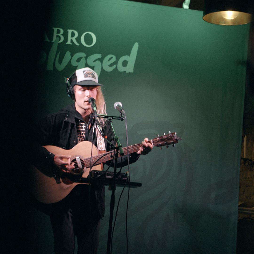 Åbro Unplugged - Simon.jpg