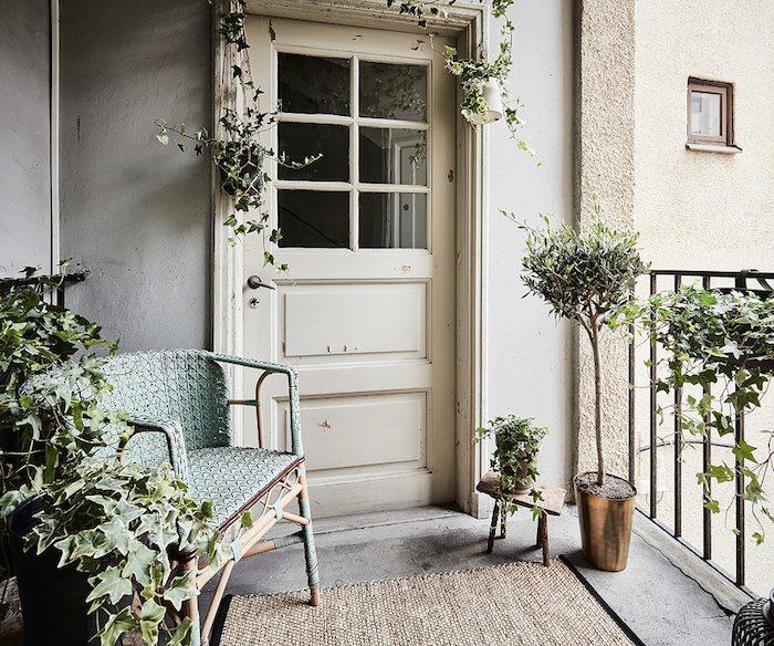 balcony-swedish-apartment.jpg