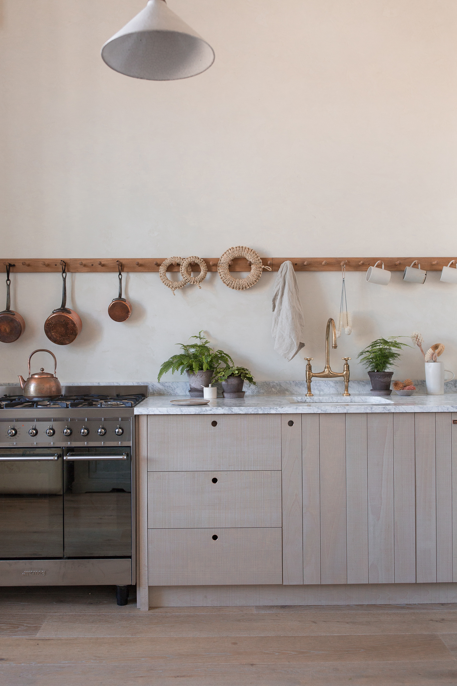 3. Photography Credit to Ingredients LDN - The Ingredients LDN Kitchen by deVOL - Low-Res.jpg