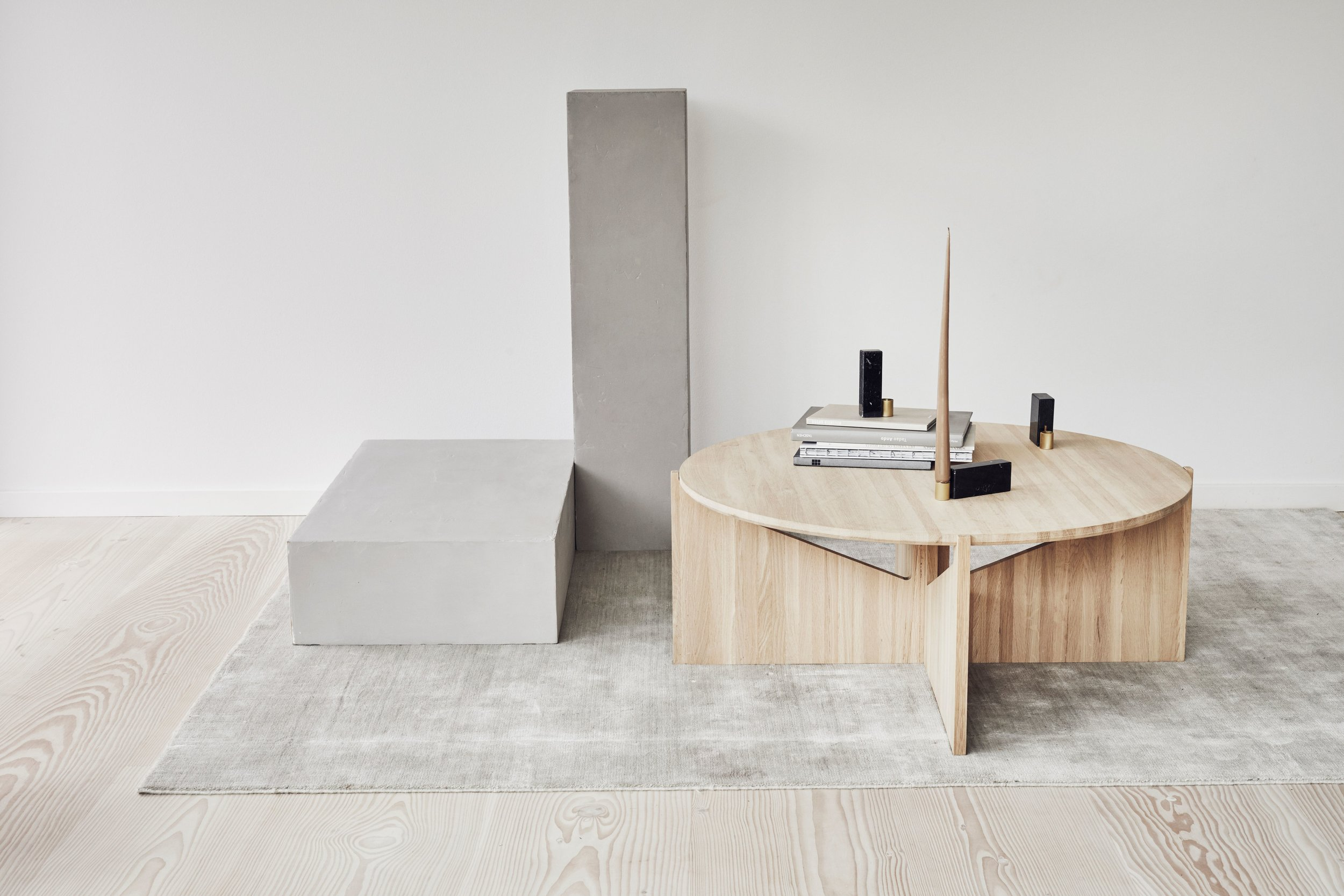 Kristina Dam XL oak coffee table