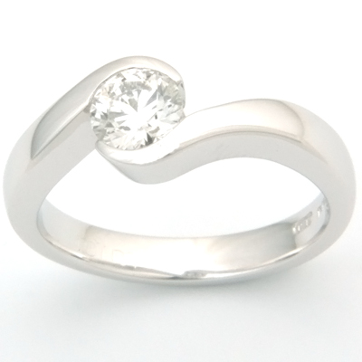 18ct White Gold Diamond Swirl Engagement Ring 2.jpg