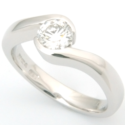 18ct White Gold Diamond Swirl Engagement Ring 3.jpg