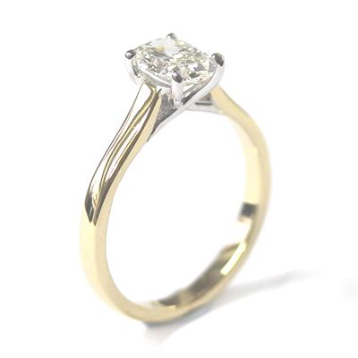 18ct Yellow Gold 1ct Oval Cut Diamond Engagement Ring 5.jpg