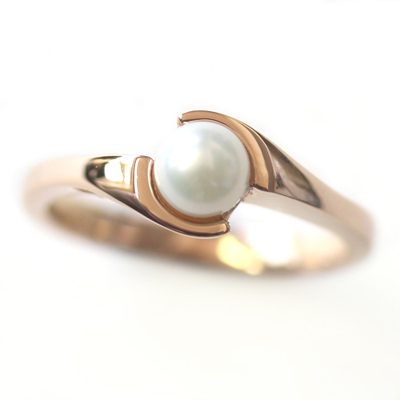 Rose Gold Pearl Engagement Ring 2.jpg