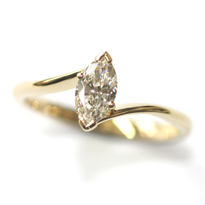 18ct Yellow Gold Solitaire Marquise Cut Diamond Engagement Ring 1.jpg