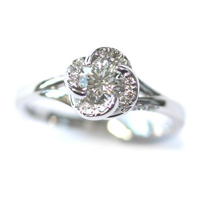 18ct White Gold Diamond Rose Engagement Ring 4.jpg