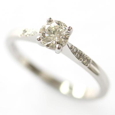 Platinum Engagement Ring with elegant Diamond Detail 2.jpg