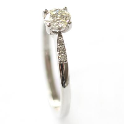 Platinum Engagement Ring with elegant Diamond Detail 3.jpg