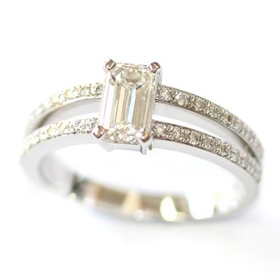 Emerald Cut Diamond Engagement Ring with Split Diamond Set Shoulders 5.jpg