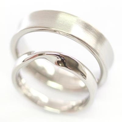 Platinum Satin Finish and Twist Wedding Ring Set 3.jpg