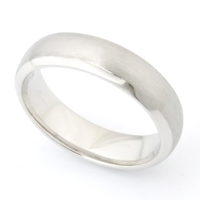 18ct White Gold Brushed Finish Wedding Ring 3.jpg