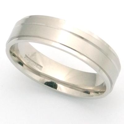 Palladium Gents Engraved Wedding Ring 3.jpg