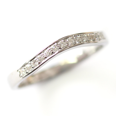 9ct White Gold Diamond Set Fitted Wedding Ring 2.jpg