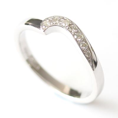 9ct White Gold Diamond Fitted Wedding Ring 4.jpg