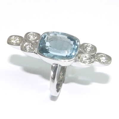 9ct White Gold Aquamarine and Diamond Cocktail Ring 2.jpg
