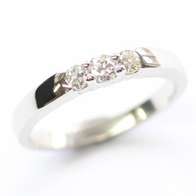18ct White Gold Diamond Trilogy Dress Ring 2.jpg
