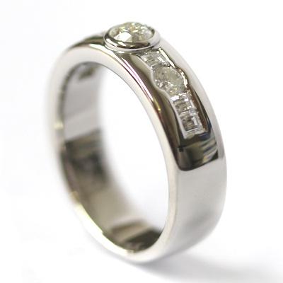 Palladium Rub Set Diamonds Dress Ring 3.jpg