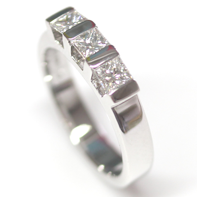 18ct White Gold Princess Cut Trilogy Engagement Ring 2.jpg