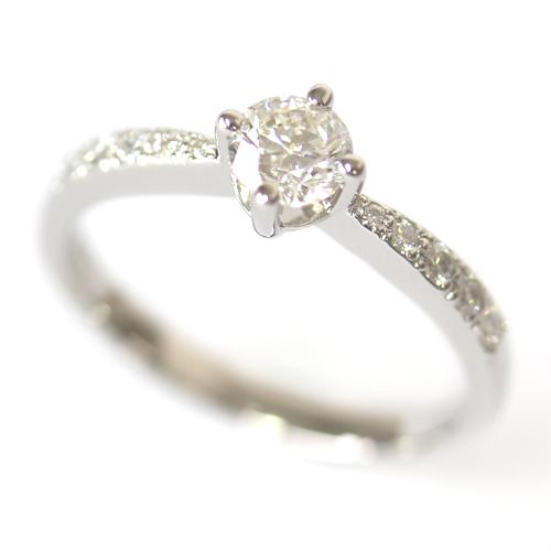 Platinum Oval Cut Diamond Centre Stone Engagement Ring.jpg